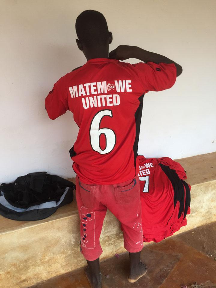 Fotbollströjor Matemwe United